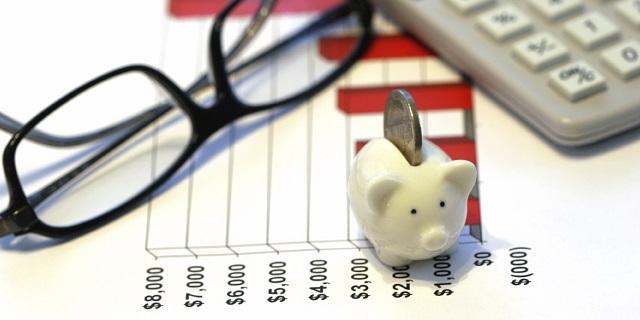 Chi phí đầu tư ban đầu của cửa hàng chuyển nhượng sẽ do ai chi trả?